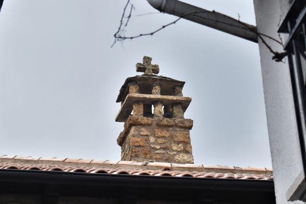 Chimena tradicional oscense de piedra